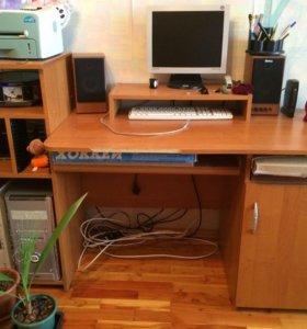Стол письменный и стол компьютерный