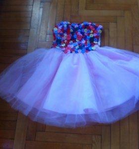 Дизайнерское платье размер 42-44
