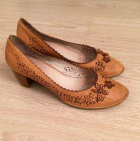 Кожаные туфли, 38-39