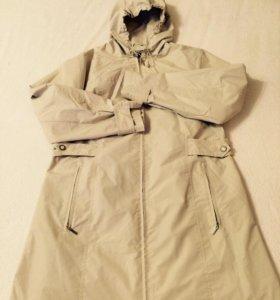 Плащ- куртка с капюшоном