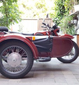 Мотоцикл Днепр отреставрированный