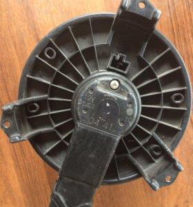 Мотор печки на Хонду цивик