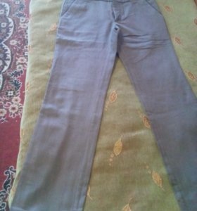 Новые мужские брюки.