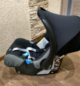 Автолюлька Britax Römer baby-safe belted base