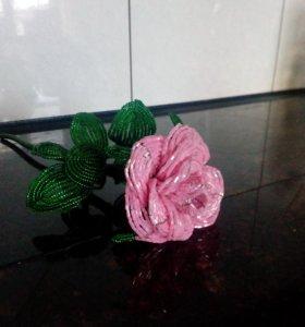 Роза из бисера