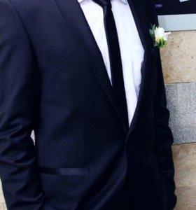 Мужской костюм (свадебный костюм)