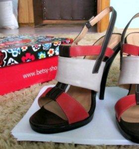 Туфли босоножки betsy новые, 38