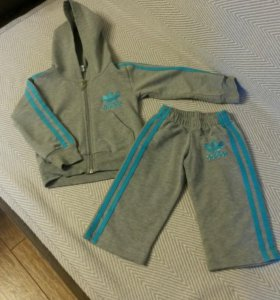 Костюм для мальчика марки Adidas, рост 74-80