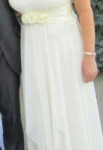 платье (можно,как свадебное)