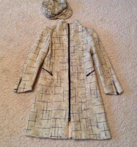 Пальто с беретом женское (осень/весна)