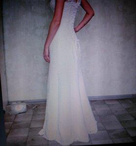 Свадебное платье, фата, туфли, перчатки
