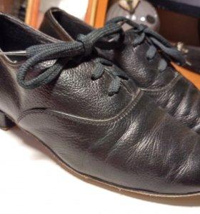 Ботинки для спортивно-бальных танцев