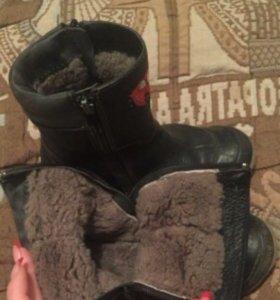 2 пары обуви на мальчика