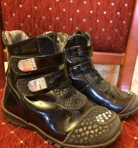 Лаковые ботиночки 25 размер