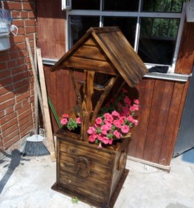 Декоративный колодец цветник для сада и дачи