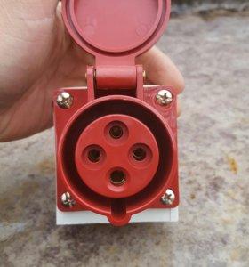 Розетка стационарная для открытой проводки