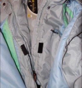 Новая куртка женская спортивная
