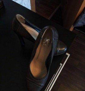 Туфли из натуральной кожи женские