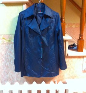 Куртка осенняя 46 размер