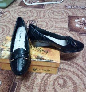 Женские туфли (кожанные) 39 размер