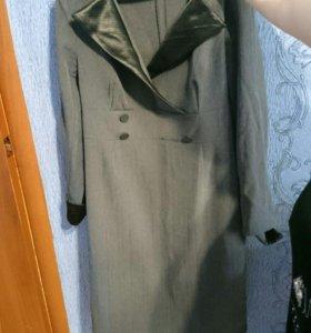 Платье серое с длинным рукавом , нарядное 48р