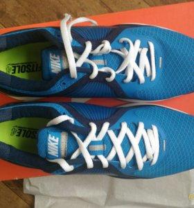 Кроссовки Nike Lunareclipse+