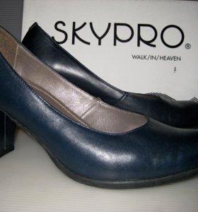 Туфли женские, натуральная кожа. Размер 38.