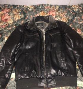 Куртка с мехом 50 р-р