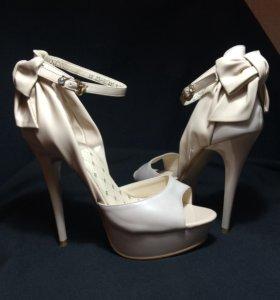 Туфли вечерние свадебные