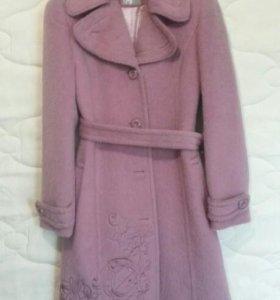 Пальто женское (все новые )