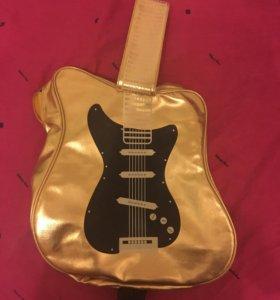 Сумка в виде гитары