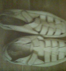 Туфли-сандали 38 размера