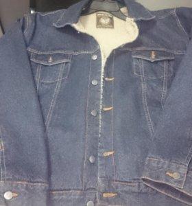 Новая,Куртка джинсовая на подкладке шерпа.