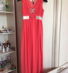 Нарядное платье ( 40-42)