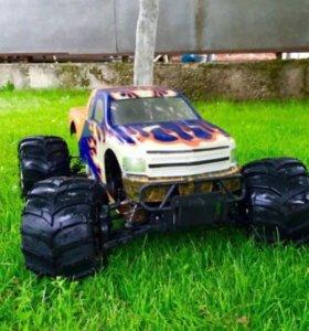 Автомодель р/у Монстр Трак 4WD 1:5 30cc.