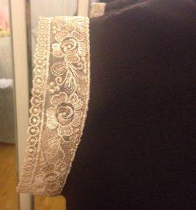 Платье шерстяное на подкладе 44-46 размер