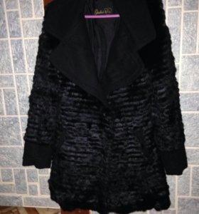 Пальто женское р-р  46