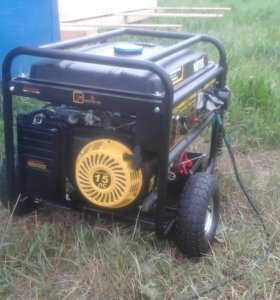 Бензо-генератор