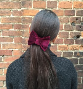 Бантики-заколки для волос.