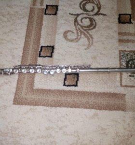 Флейта с футляром