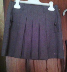 Жилет и юбка школьные р-р 128-140