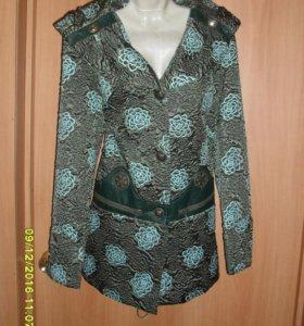 Куртка новая 48р