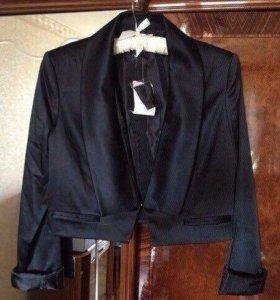Черный новый укорочённый пиджак