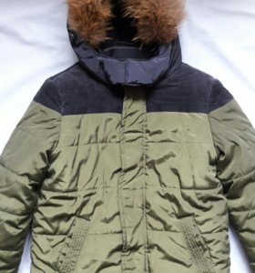 Зимняя куртка для мальчика б/у.