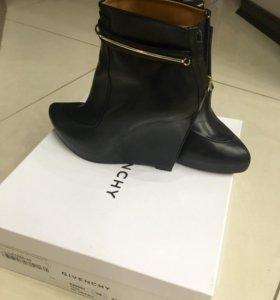 Givenchy ботинки оригинал
