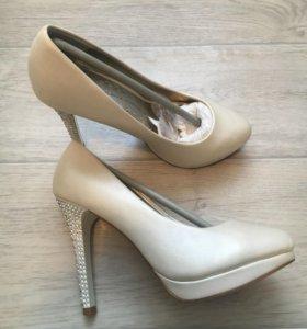 Свадебные туфли р.35,5