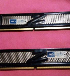 Оперативная память на ПК. DDR-2  1G количество2 шт