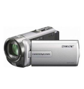 Цифровая видеокамера Sony DCR-SX45E
