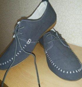 Ботинки женские новые, 36 р-р