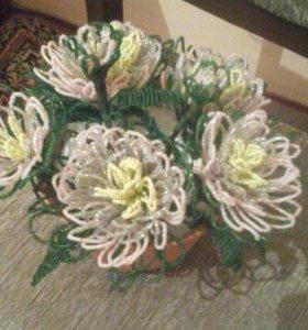 Хризантемы из бисера